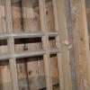 houten spijlen in deur