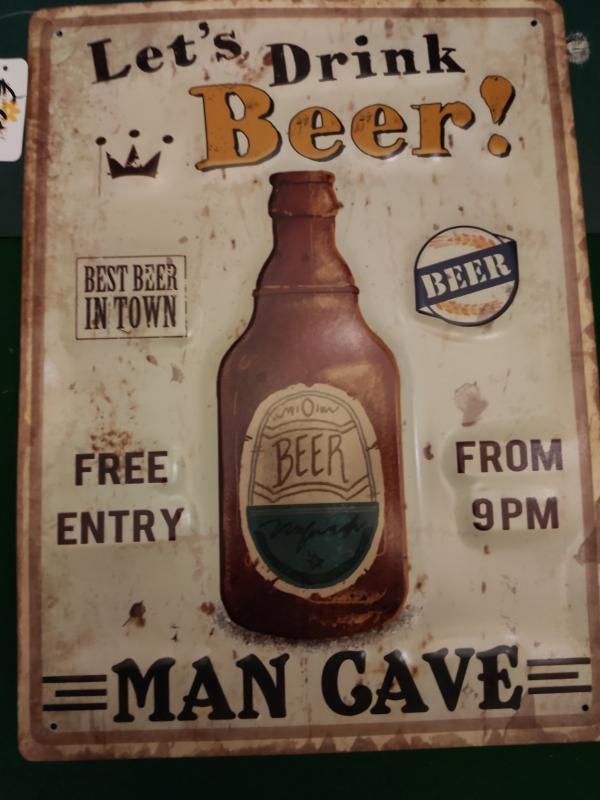 metalen Bierbord met bierfles en grappig etekst