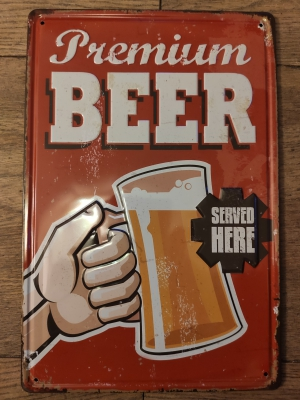 Metalen bierbord met tekst Premium Beer en een afbeelding van een bierglas