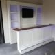 Moderne bar met TV