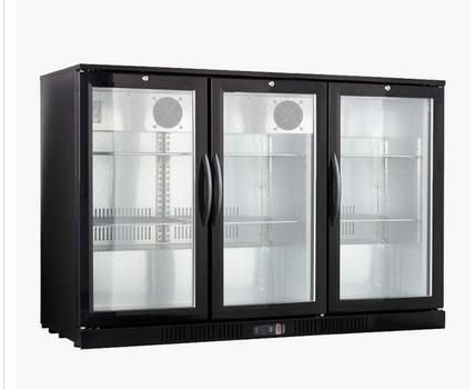 Koeling, professionele koeling voor bar, barkoelkast, 3-deurs. Koeling met glasdeur