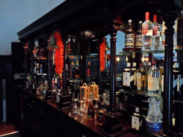 Achterkast Engelse bar