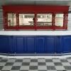 Bar in de kleuren: Rood wit en blauw