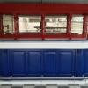 Engelse bar in de kleuren: rood, wit en blauw
