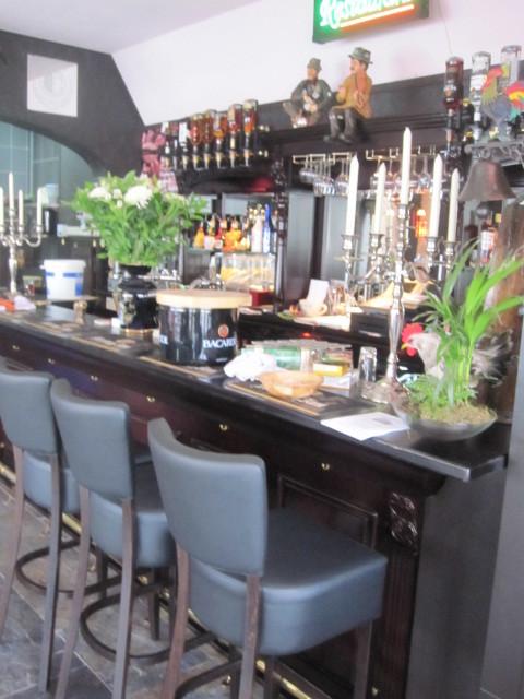 Achterkast in café Rotterdam