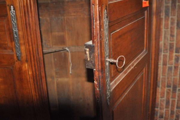 2-deurs kast Kersen K12